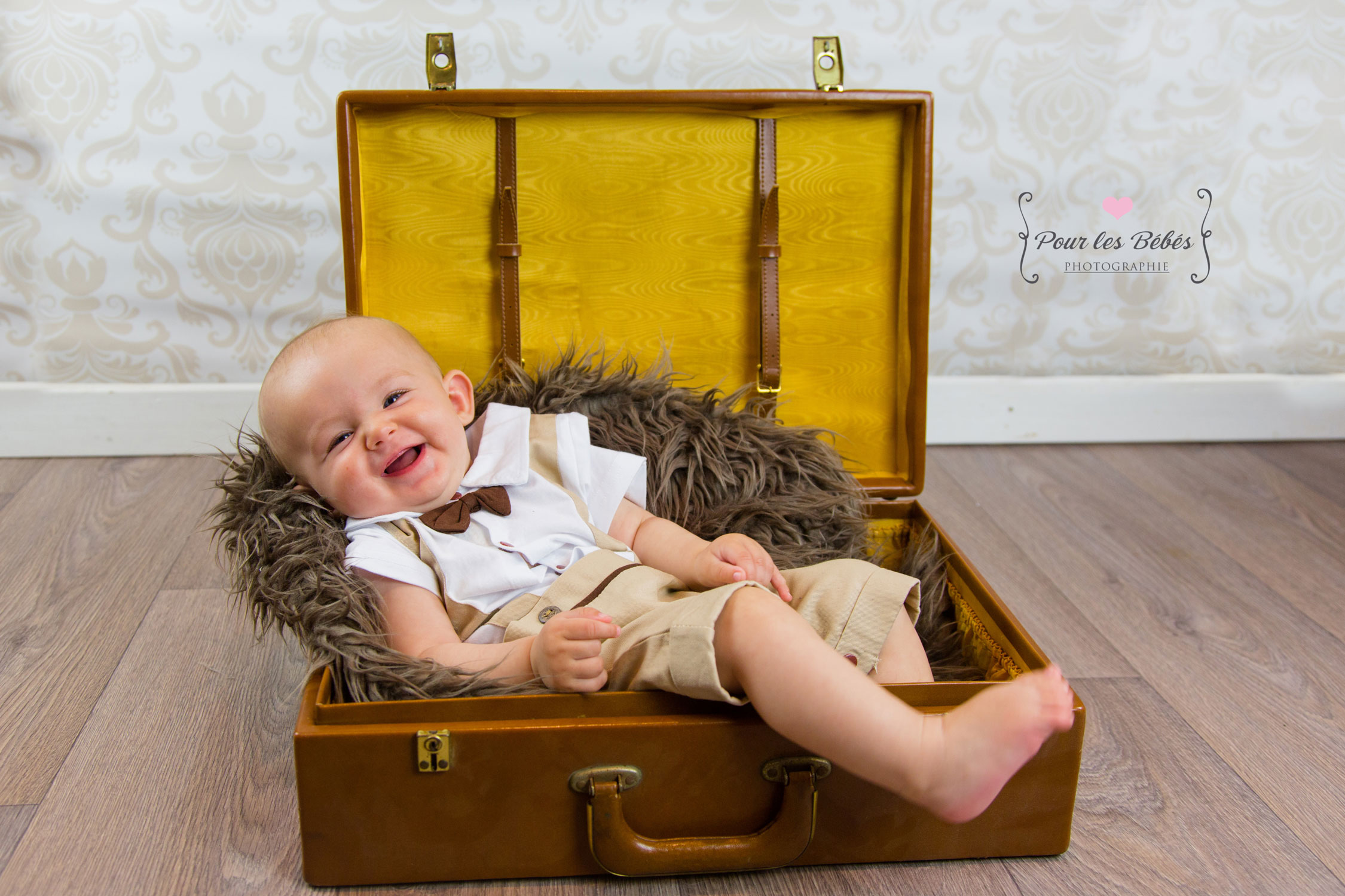 photographe-studio-nouveau-né-famille-enfance-bébé-nourrisson-grossesse-montpellier-nimes-lunel-mauguio-sommières-