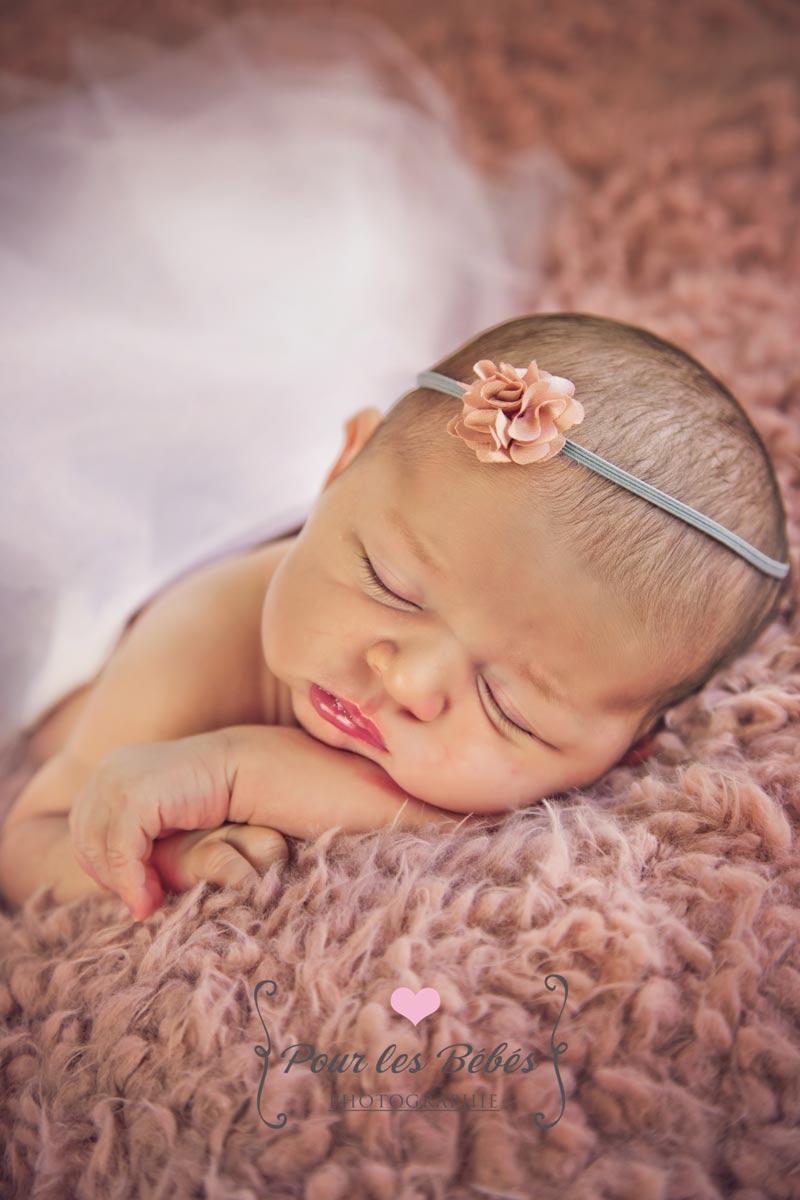 photographe-special-bebe-naissance-nouveau-ne-montpellier