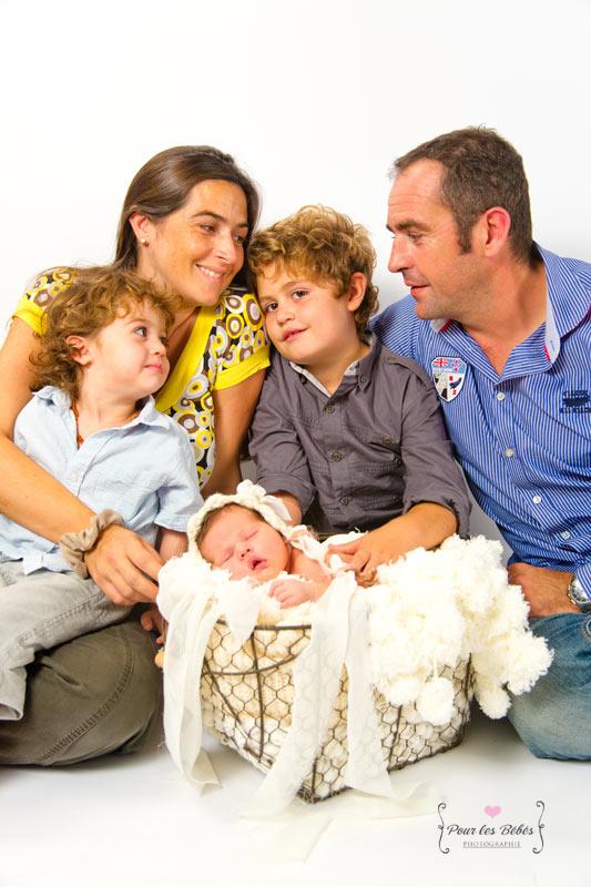photographe-studio-nouveau-né-famille-enfance-bébé-nourrisson-grossesse-montpellier-nimes-lunel-mauguio-sommières-137