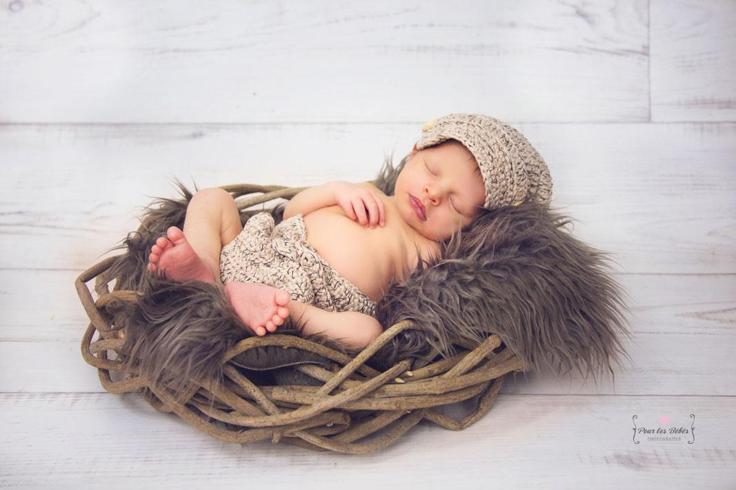 photographe-studio-nouveau-né-famille-enfance-bébé-nourrisson-grossesse-montpellier-nimes-lunel-mauguio-sommières-2