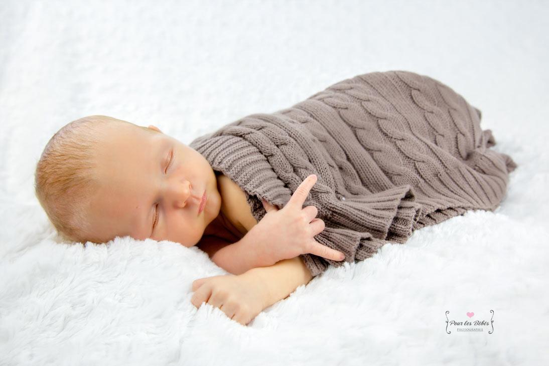 photographe-studio-nouveau-né-famille-enfance-bébé-nourrisson-grossesse-montpellier-nimes-lunel-mauguio-sommières-73
