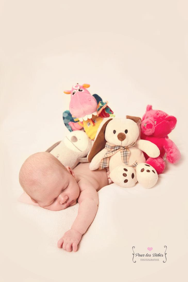 photographe-studio-nouveau-né-famille-enfance-bébé-nourrisson-grossesse-montpellier-nimes-lunel-mauguio-sommières-94