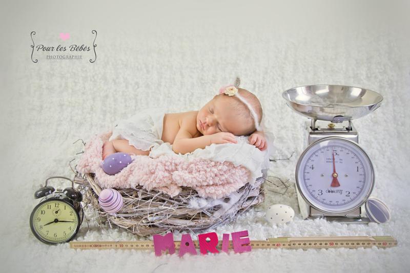 photo-naissance-mise-en-scene-picto-bebe-fille