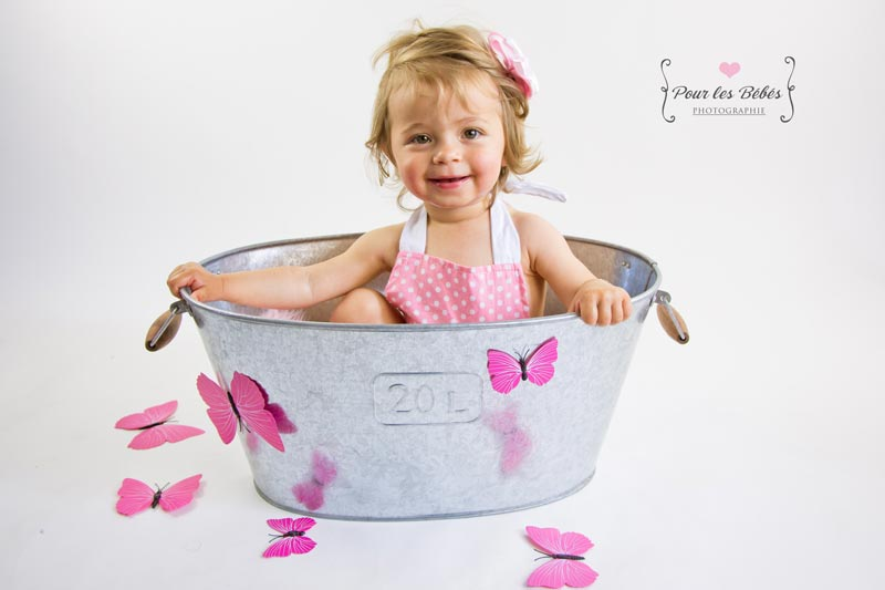 shooting-photo-studio-enfant-1-an-montpellier-fille
