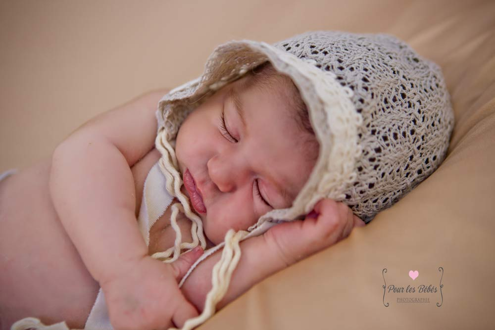 photo-naissance-fille-bonnet-montpellier